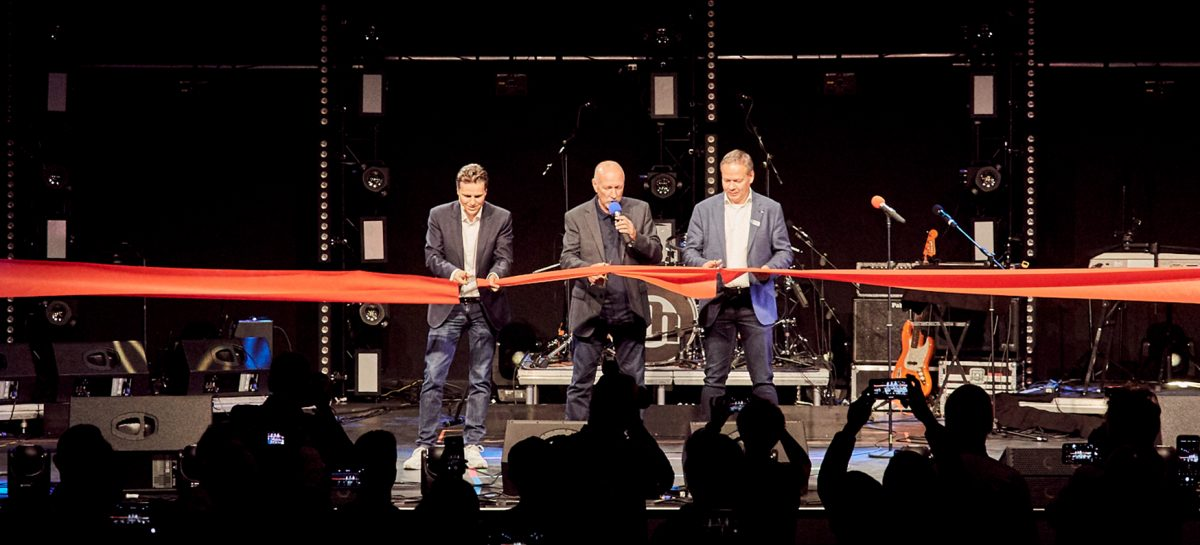 Adam Hall Group inaugura su nuevo Experience Center