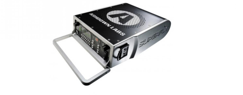 SUPERFLY500. Potente amplificador 250+250 W de ASHDOWN.