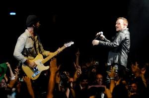 Edge & Bono Barcelona 360 Tour Photocredit Kevin Mazur