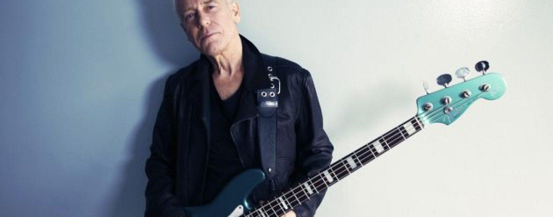 Fender presenta el Adam Clayton Jazz Bass
