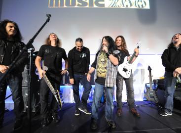 Jackson Guitars presentó una clínica con David Ellefson y Chris Broderick