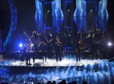 Pointe de Robe iluminó los Latin Grammy 2014