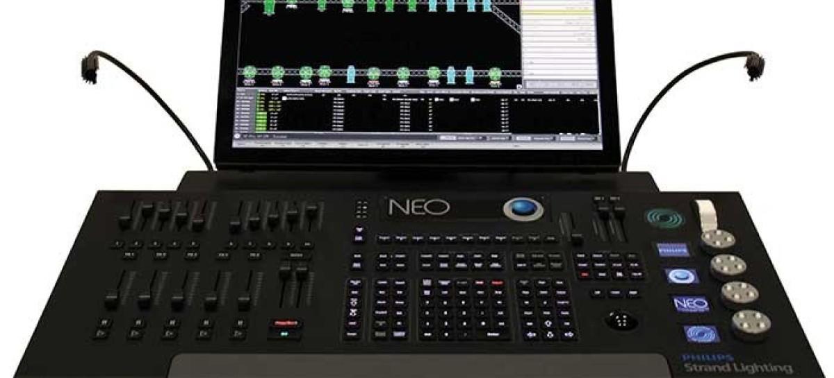 Consola de iluminación Neo de Strand Lighting