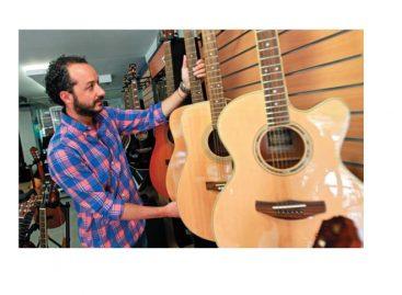 Guitarrasybaterias.com dedicado a la venta online