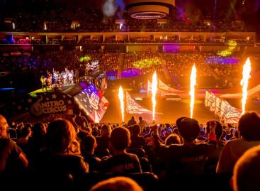 Las luces impression X4 de GLP se unen a la acción en Nitro Circus Live