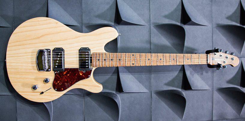 """La guitarra signature """"Valentine"""" de James Valentine ha sido premiada en NAMM"""