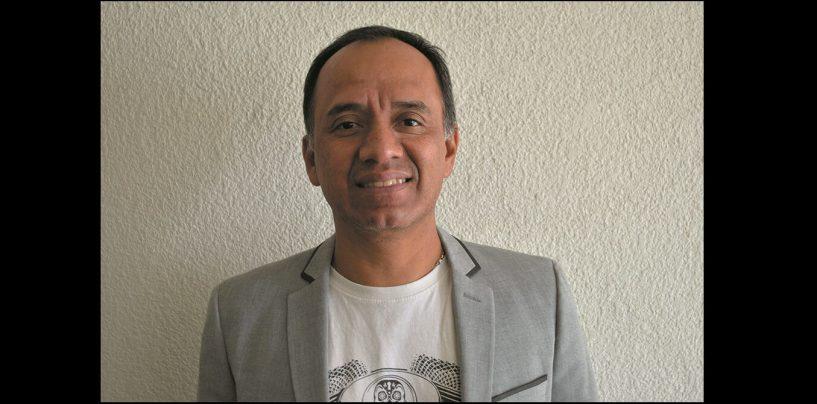 Dean Markley contrata a Eduardo Martínez