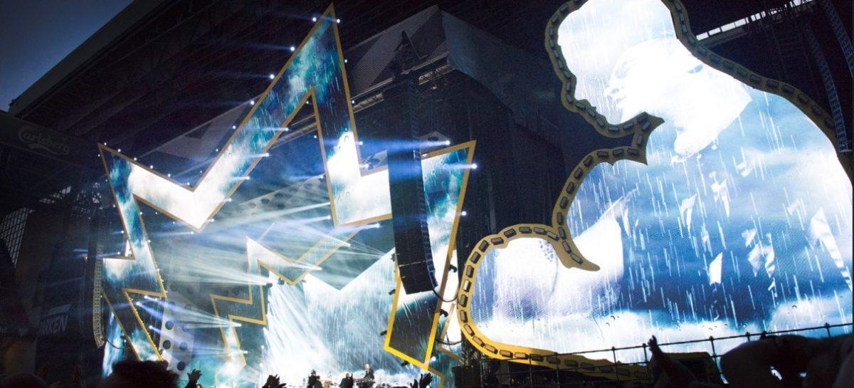 El G-4 Wash-Beam de SGM también estuvo en la gira de Robbie Williams