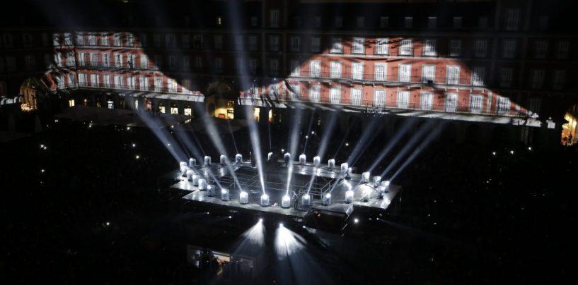 La Plaza Mayor de Madrid brilla con Claypaky