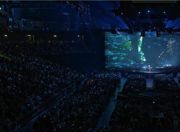 Victor y Lancelot de Robert Juliat brillan para Adele y Phil Collins