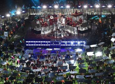 El Pepsi Super Bowl LII halftime show se iluminó con GLP