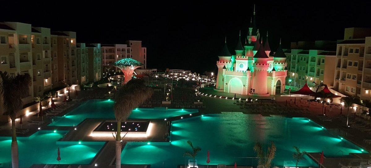 El Resort Fantasía de Tenerife, España, se ilumina con SGM