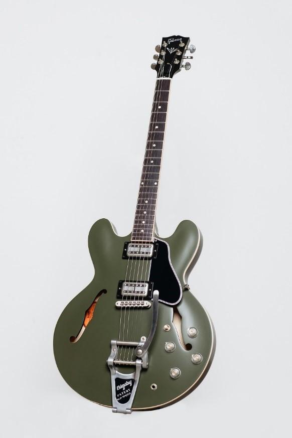 Chris Cornell Tribute Gibson ES