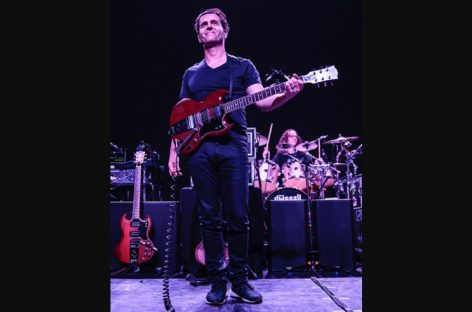 Dweezil Zappa elige los monitores de QSC Audio como referencia para tonos de guitarra clásica