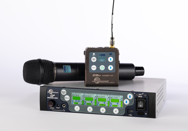 D Squared Digital Wireless Microphone System