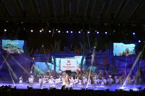 Robe presente en la coronación de la Reina del Carnaval de Tenerife