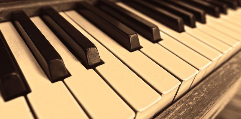 ¡Qué bueno es vender pianos acústicos!