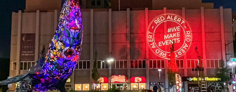 Robe da apoyo a la campaña #RedAlertRESTART en Estados Unidos