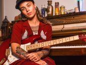 Fender y Tash Sultana lanzan stratocaster signature