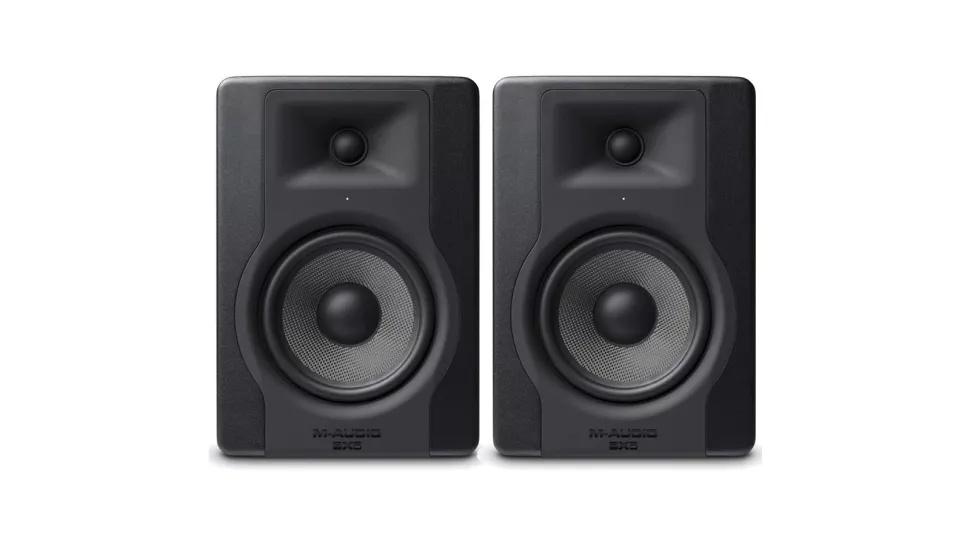 2 M-Audio BX5-D3