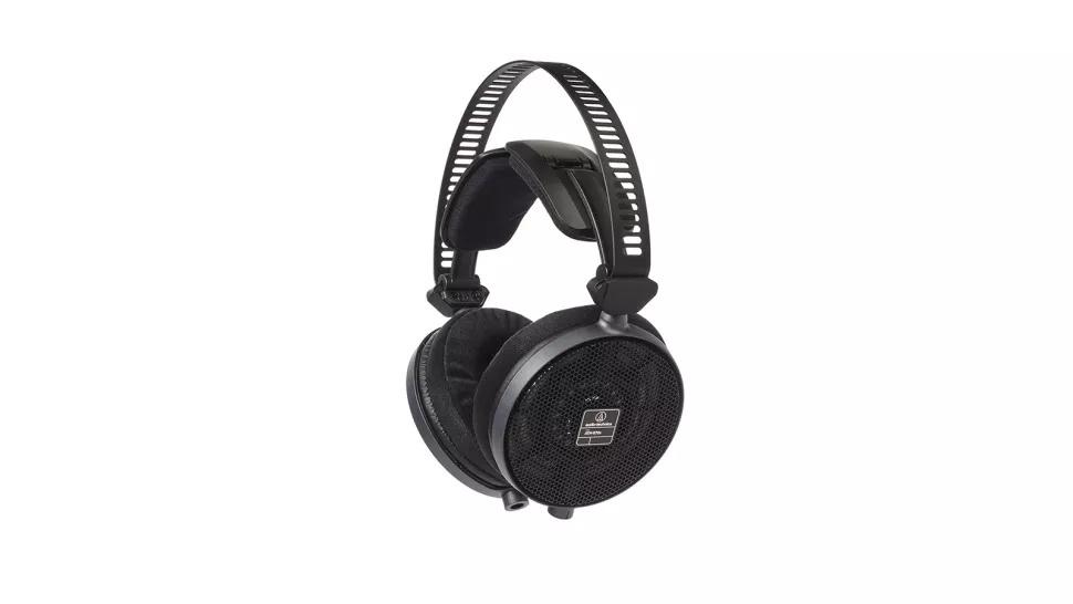3 Audio-Technica ATH-R70x
