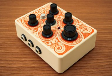 Nuevo Acoustic Pedal de Orange