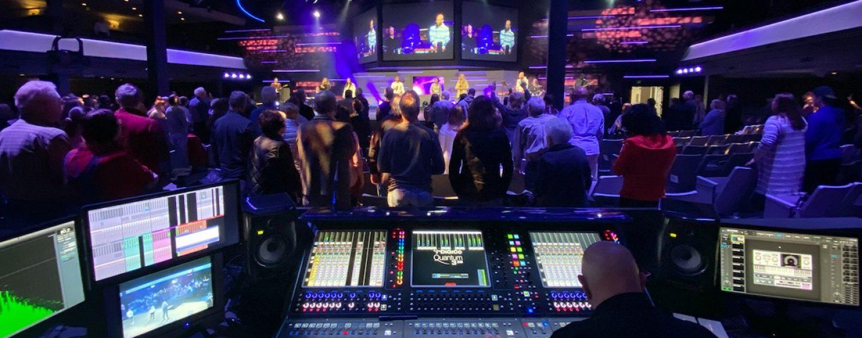 Consola DiGiCo Quantum338 mezcla sonido en iglesia Living Word Christian Center