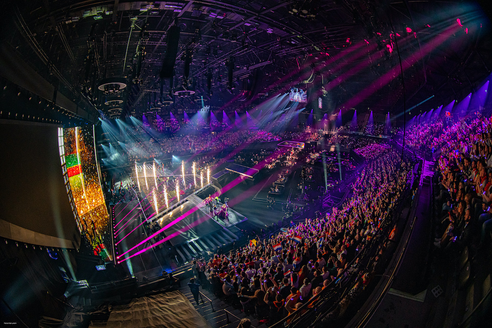 Outline Newton at Eurovision Song Contest 2021 – Rotterdam (2)